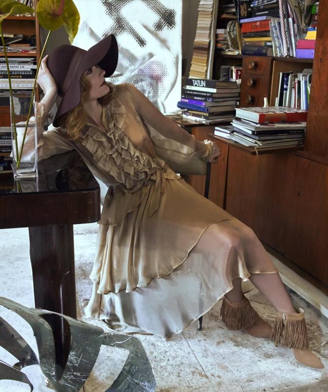 Hat: Lindex  Dress: Alice Abraham Shoes: Tizian