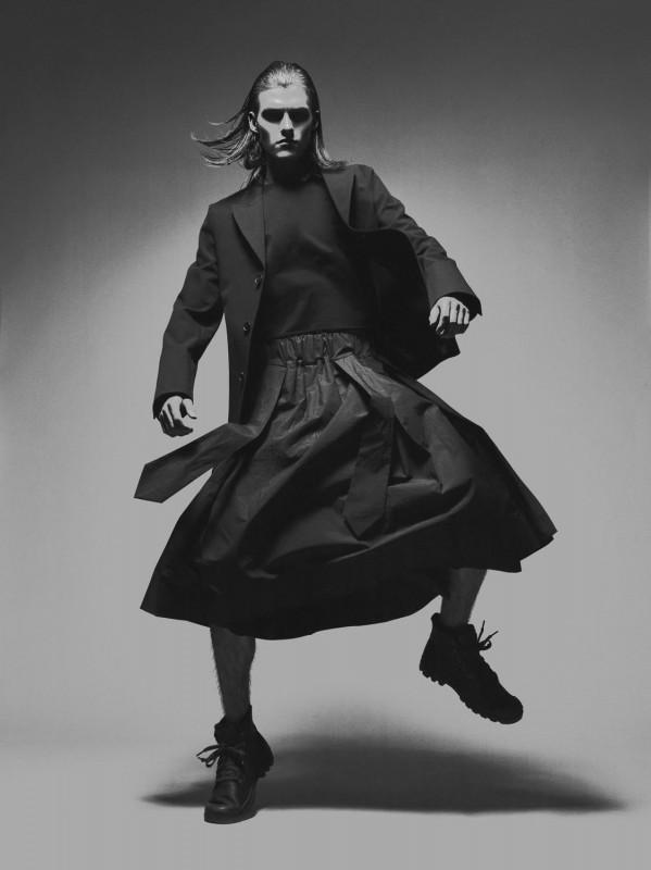 Jacket & Skirt: Sankuanz  Top: Hardy Amies Shoes: Grenson
