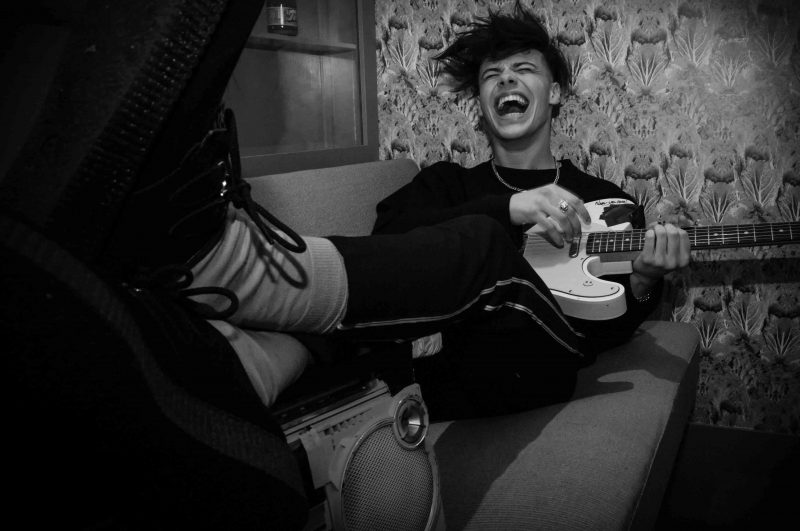 Fault music archives fault magazine - Yungblud wallpaper ...